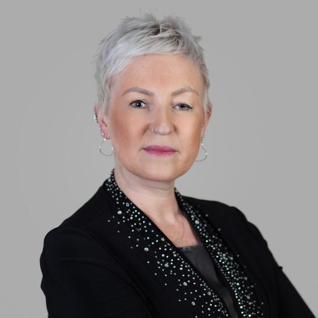 Dr Amy Iversen