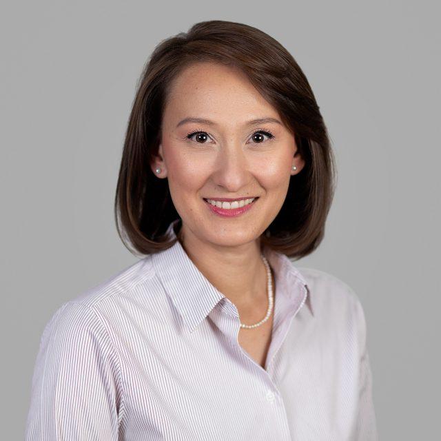 Dr Marisa Lang