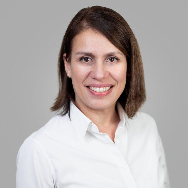 Dr Sylvia Tang